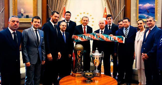 Cumhurbaşkanı'ndan Karşıyaka'ya müjde