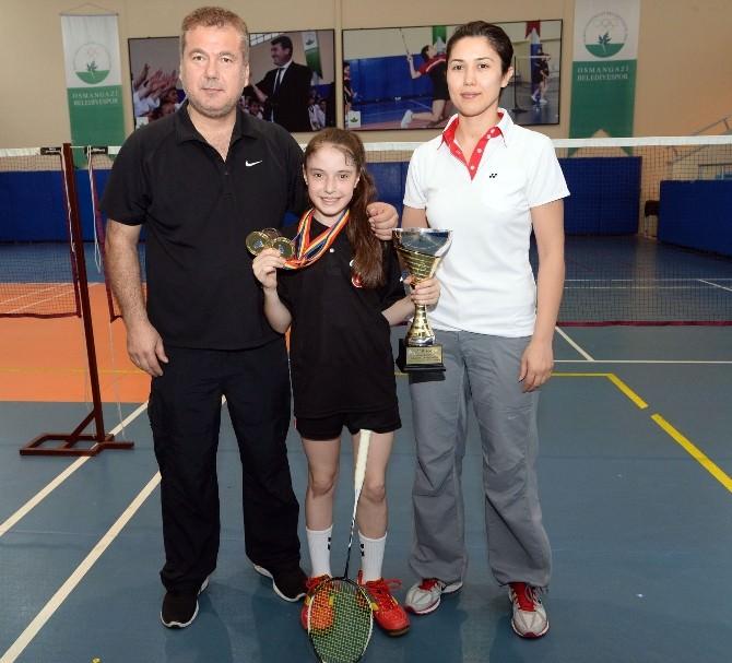 Ayça Özgür, Badmintonda Balkan Şampiyonu Oldu