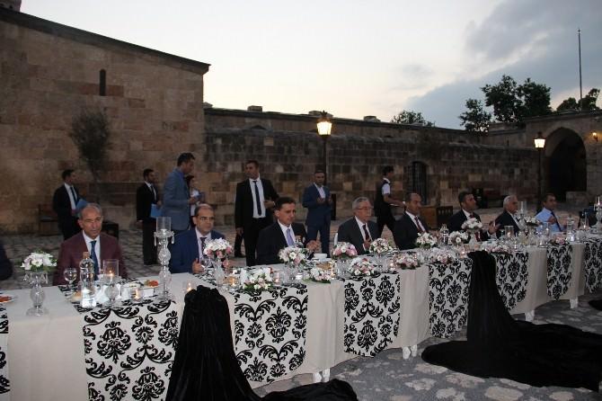 Sokollu Mehmet Paşa Külliyesi'nde İftar