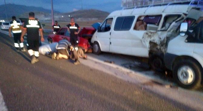 Niğde'de Zincirleme Kaza: 1 Ölü, 5 Yaralı