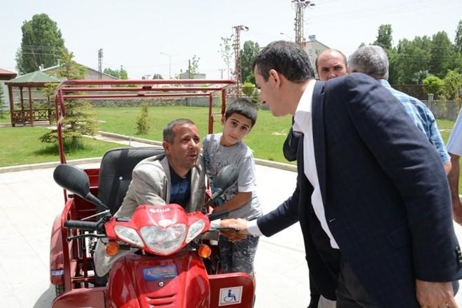 Patnos Belediye Başkanı Akbay Engelleri Unutmadı