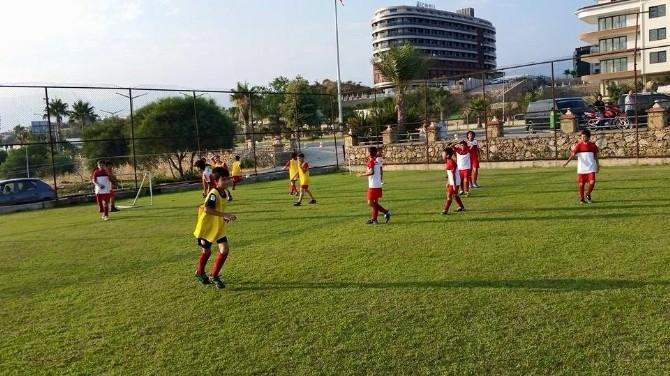 Alanya Yaz Spor Okulları Açıldı