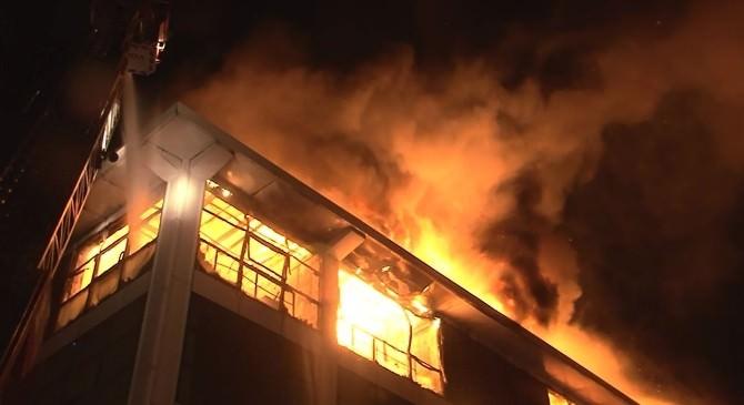 Hastahane Yanında Çıkan Yangın Büyük Endişe Yarattı