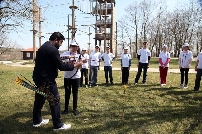 Okçuluk Eğitimlerinin Adresi: Macera Park