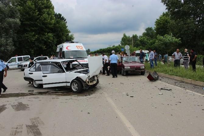 Çarşamba'da Trafik Kazası: 7 Yaralı