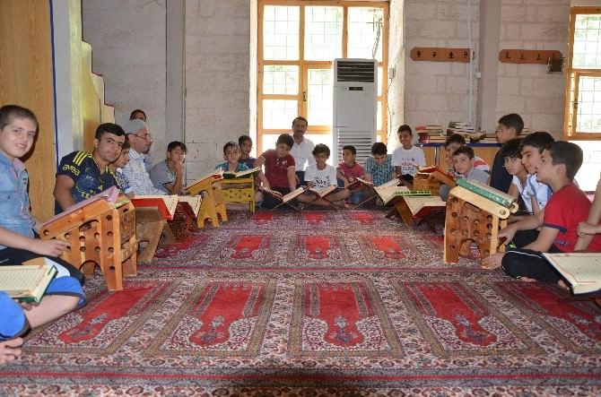 Silvan'daki Camilerde Kur'an Kursları Başladı