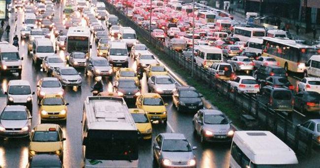 20 milyon araç yolda