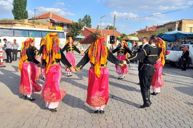 Macaristan Ve İstanbul Ekibi Ortaköy'de Gösteri Sundu