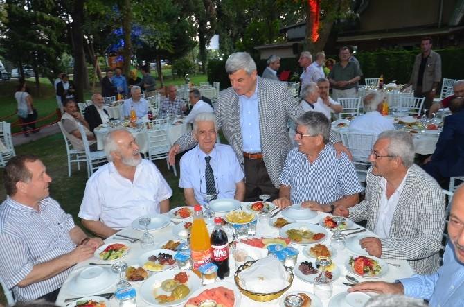 Kocaeli'de Eski Ve Yeni Belediye Başkanları İftarda Buluştu