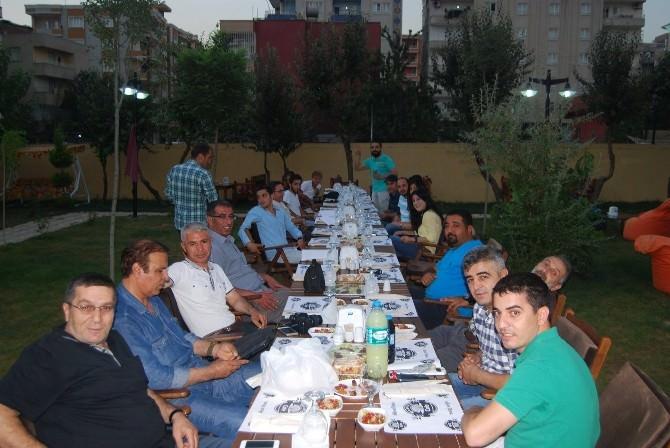Gazeteciler İftar Yemeğinde Bir Araya Geldi