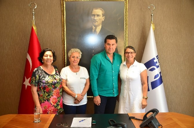 CHP'li Kadınlardan Başkan Kocadon'a Ziyaret