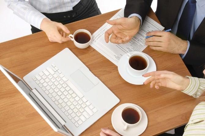 Ofis Çalışanları Serinlemek İçin En Çok Kahve Ve Çay İçiyor