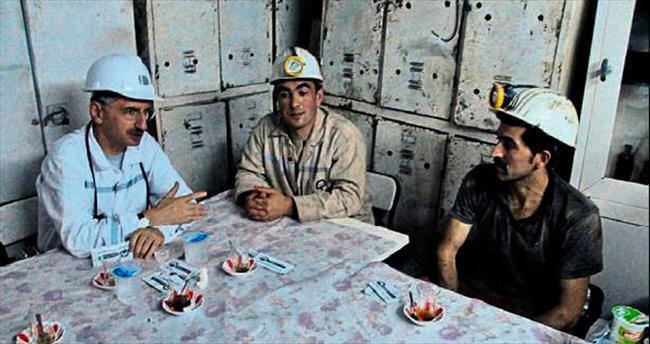 Vali Bektaş maden işçileriyle iftar yaptı