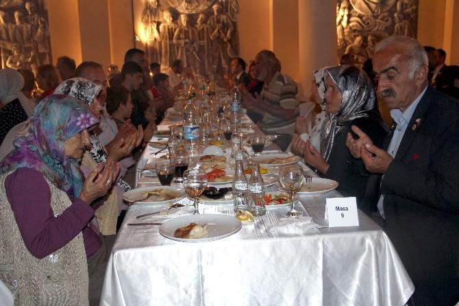 Kastamonu'da Gazilere Ve Şehit Ailelerine İftar Verildi