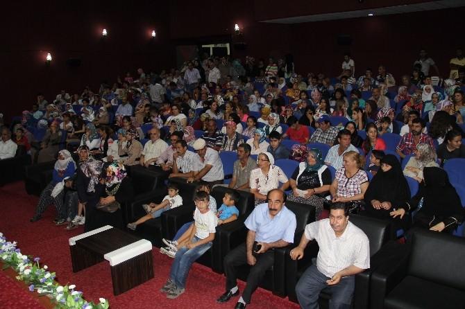 Elazığ Belediyesi Sosyal Kart Dağıtımına Başladı
