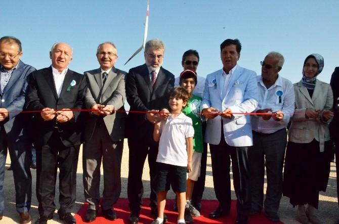 Bakan Yıldız, Rüzgar Enerji Santralinin Açılışını Yaptı
