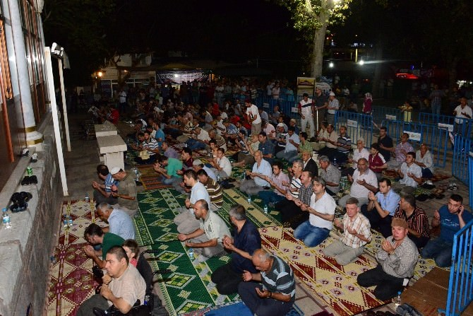 Şehzadeler'de 'Kadir Gecesi'ne Özel Program Düzenlenecek