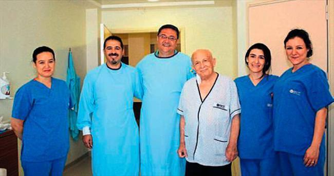80 yaşında kök hücre nakli yapıldı