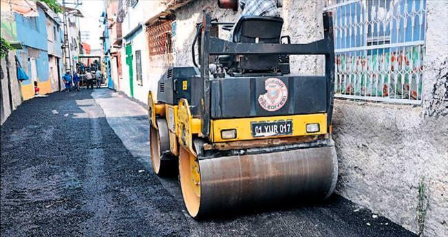 Yeni makineler geldi asfalt yapımı hızlandı