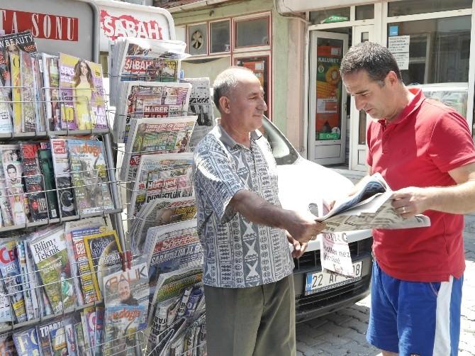 30 Yıldan Beri Sadece Gazete Satıyor