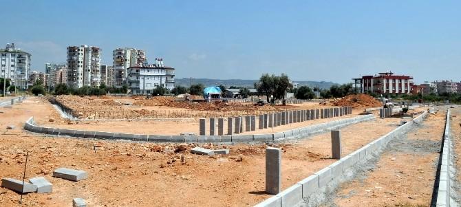 Kepez'de Semt Spor Sahalarının Yapımı Başladı