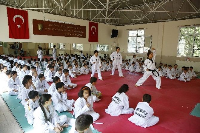Konak'ta Geleceğin Şampiyonları Yetişiyor