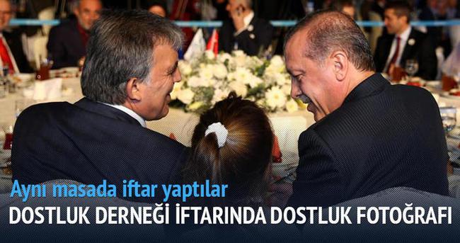 Erdoğan ile Gül Dostluk Derneği iftarında buluştu