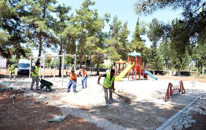 Muratpaşa Belediyesi'nden Yeşilköy İlköğretim Okulu'na Park