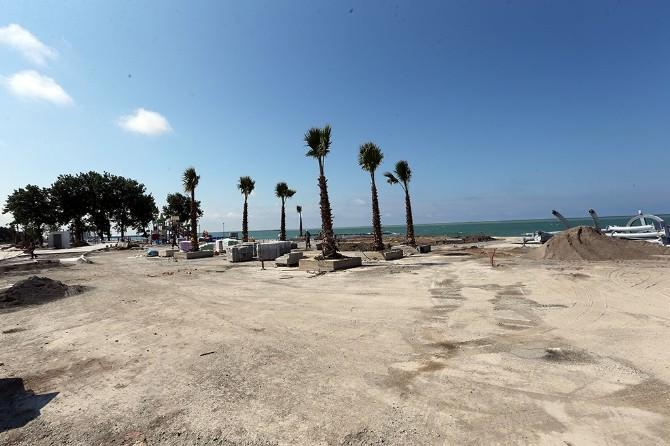 Başkan Toçoğlu Karasu Sahil Parkını İnceledi