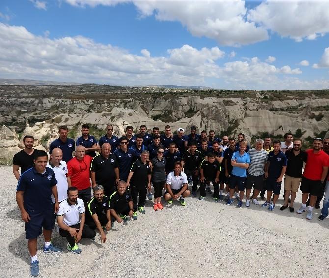 Kasımpaşa'da Teknik Heyet Ve Futbolcular Kapadokya'yı Gezdi