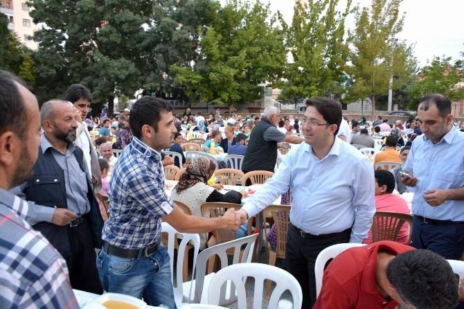Aksaray'da Mahalle İftarları Sürüyor
