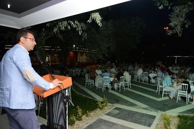 Belediye Başkanı İmamoğlu Şoförlerle İftarda Buluştu