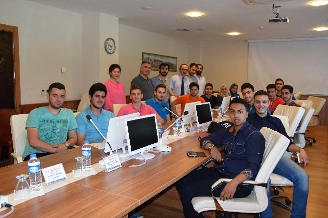 Yurt Dışında Türkçe Öğrenmeye Geldiler