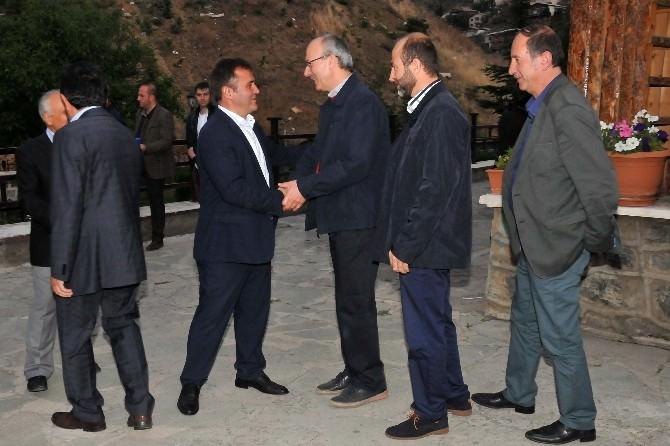 Başkan Çimen, Muhtar Ve STK'larla İftarda Buluştu