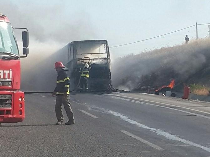 Aydın'da Otobüs Yangını