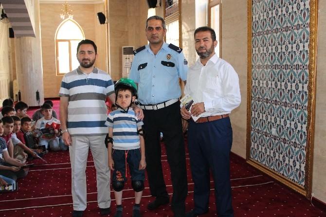 Kur'an Kursu Öğrencilerine Trafik Eğitimi