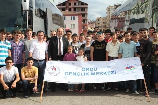 Yaz Kampına 144 Genç Katıldı
