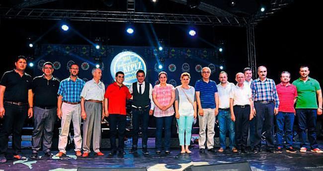 Sinan Yılmaz Kepez konserinde