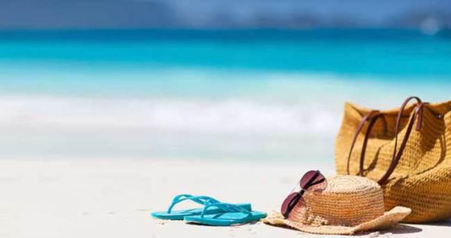 Tatilde bavulunuza mutlaka almanız gereken 10 eşya