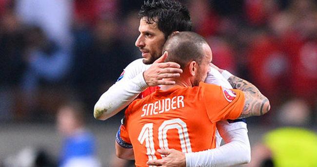 Türkiye-Hollanda maçının biletleri tükendi