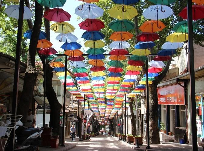 Çankırı'nın Havası Şemsiyelerle Renklendi