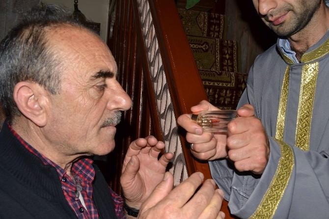 Gümüşhane'de Camiler Kadir Gecesinde Doldu Taştı