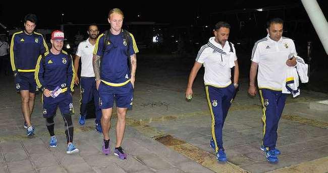Fenerbahçe kafilesi İstanbul'a gitti