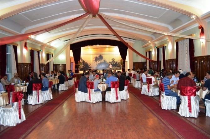 Aziziye'de Daire Amirleri Ve Kaymakamlık Personeline İftar Programı