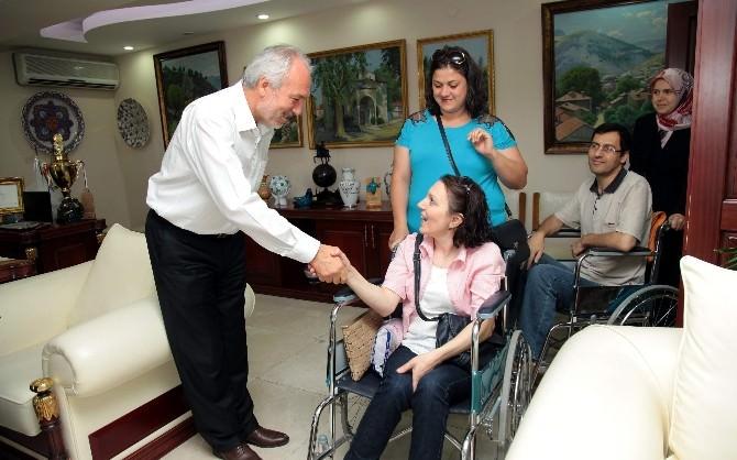 MS Hastalarından Başkan'a Teşekkür Ziyareti
