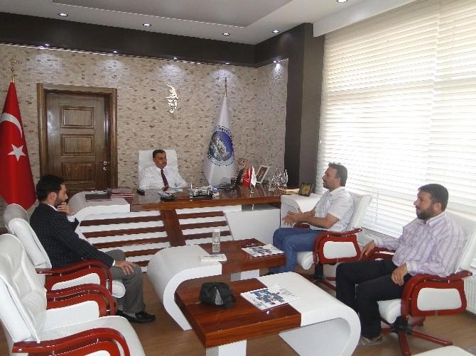 Yazarlar Birliği İstanbul Şube Başkanı Develi Belediye Başkanı Mehmet Cabbar'ı Ziyaret Etti