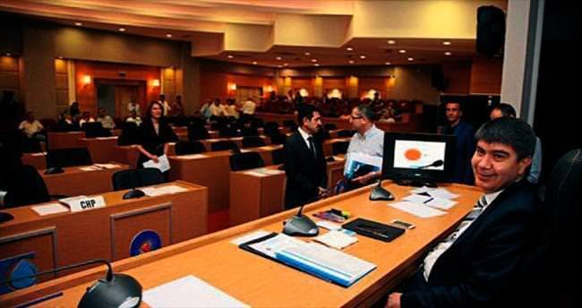 Mahkeme kararına meclis kafa tuttu