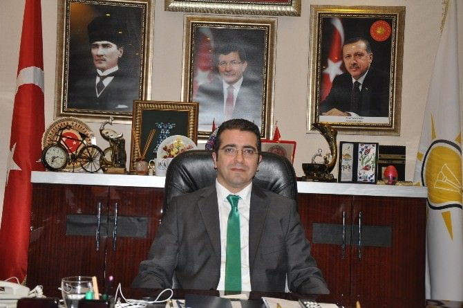 AK Parti İl Başkanı Taşpınar, Ramazan Bayramı'nı Kutladı