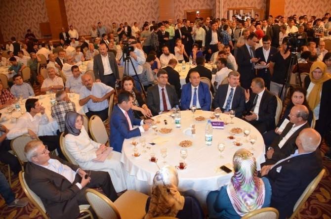 AK Parti Konya İl Teşkilatı'nda Bayramlaşma
