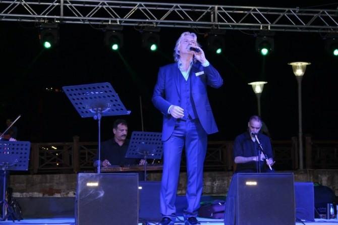 Erkan Mutlu Konseri Yoğun İlgi Gördü